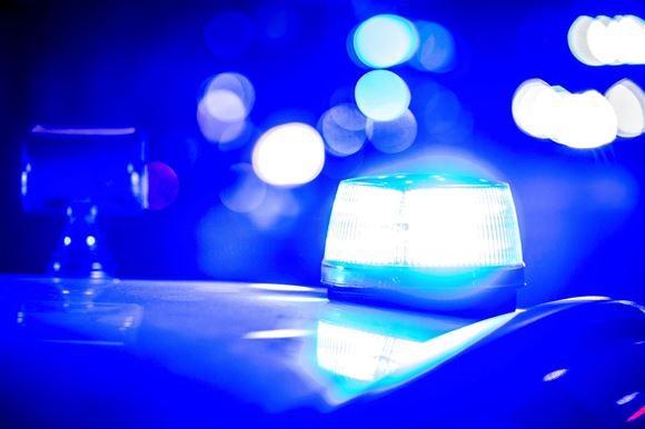 Blå blink på politibil