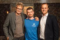 """De to investorer i tv-programmet """"Løvens Hule"""" Jan Lehmann og Christian Arnstedt sammen med ALbert Kirk Iversen fra virksomheden RaskRask"""
