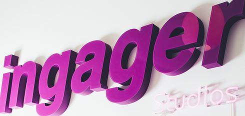 Neonskilt med Ingager
