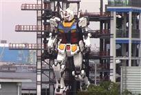 gigantisk robot testes i Japan