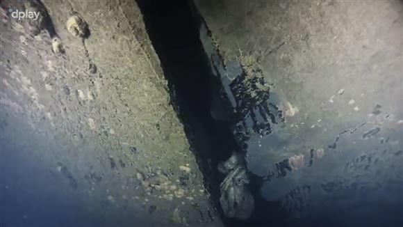 Hullet i Estonia. Billedet er taget under vand.