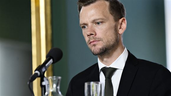 Peter Hummelgaard på pressemødet