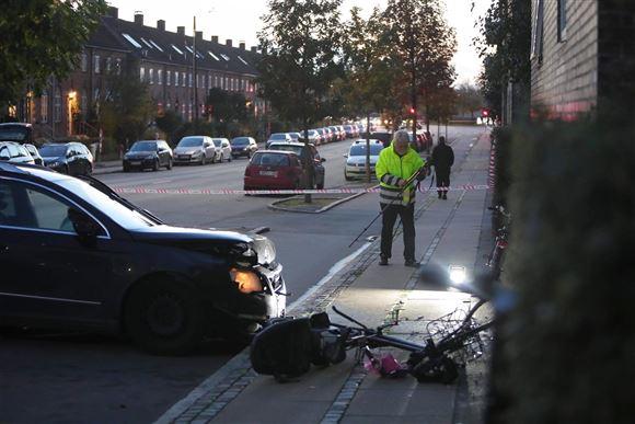 politi arbejder efter trafikulykke