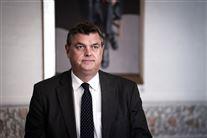 fødevareminister mogens jensen med jakke og slips