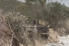 billede af ødelagte Byron Bay