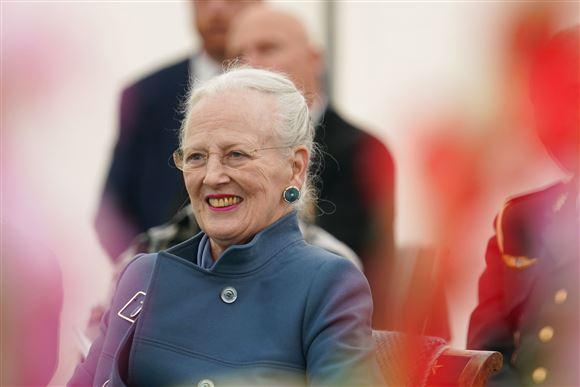 Dronning Margrethe smiler