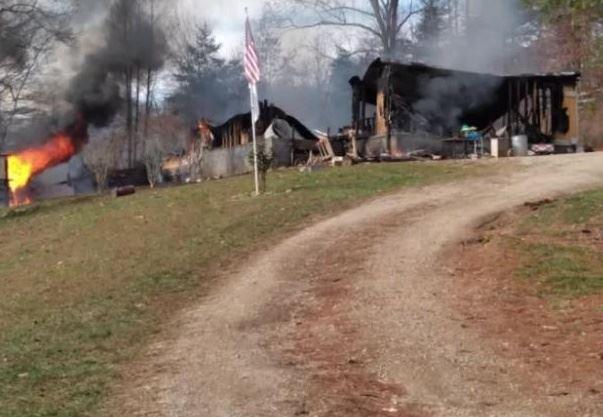 nedbrændt hus