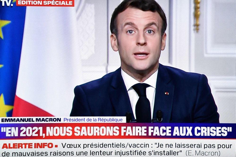Emmanuel Macron påm tv