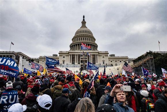 donald trump holder tale foran kongressen