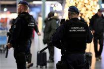 Politi i lufthavn går med mistænkt