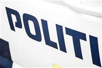 politibil med påskriften politi