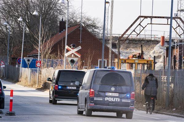Livstidsfangen Peter Madsen køres i den sorte varevogn