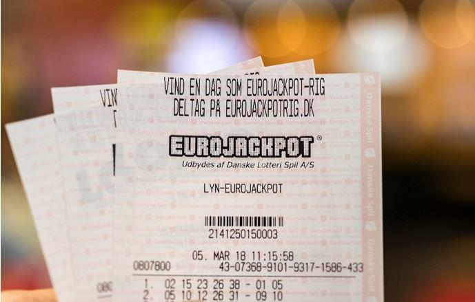 tre lottokuponer
