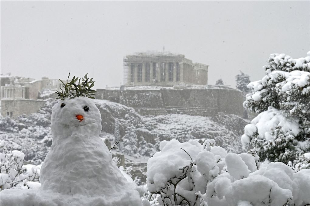 Akropolis er snedækket