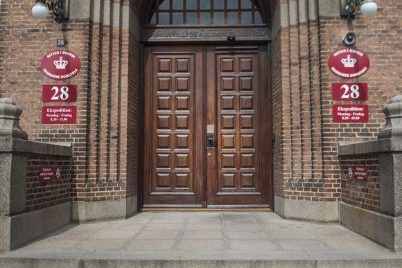 Retssalen set udefra