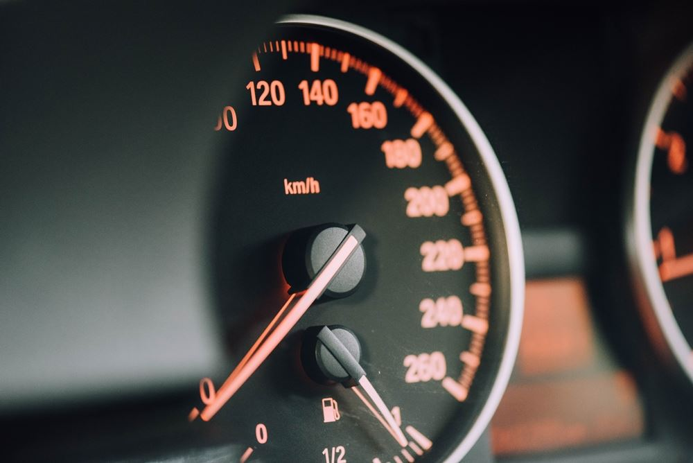 speedometer i bil