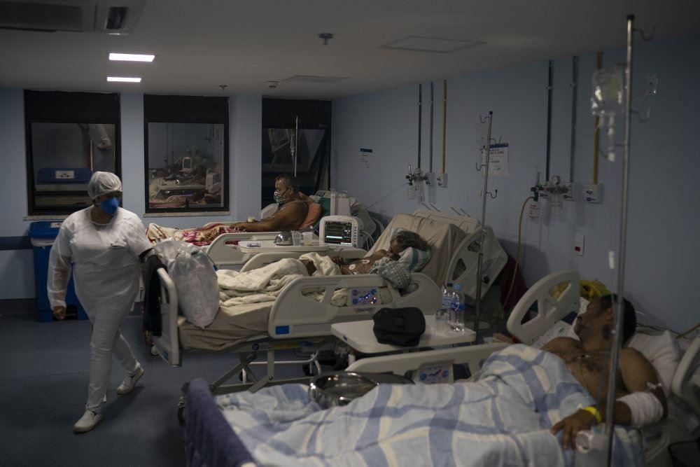 patienter ligger i senge på hospital