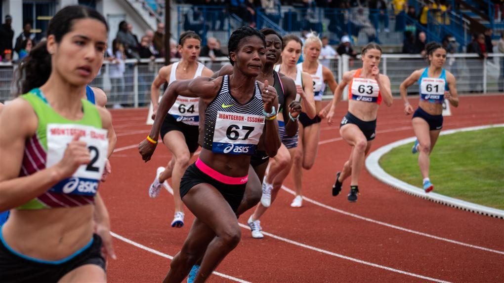 billede af kvindelige atletikudøvere