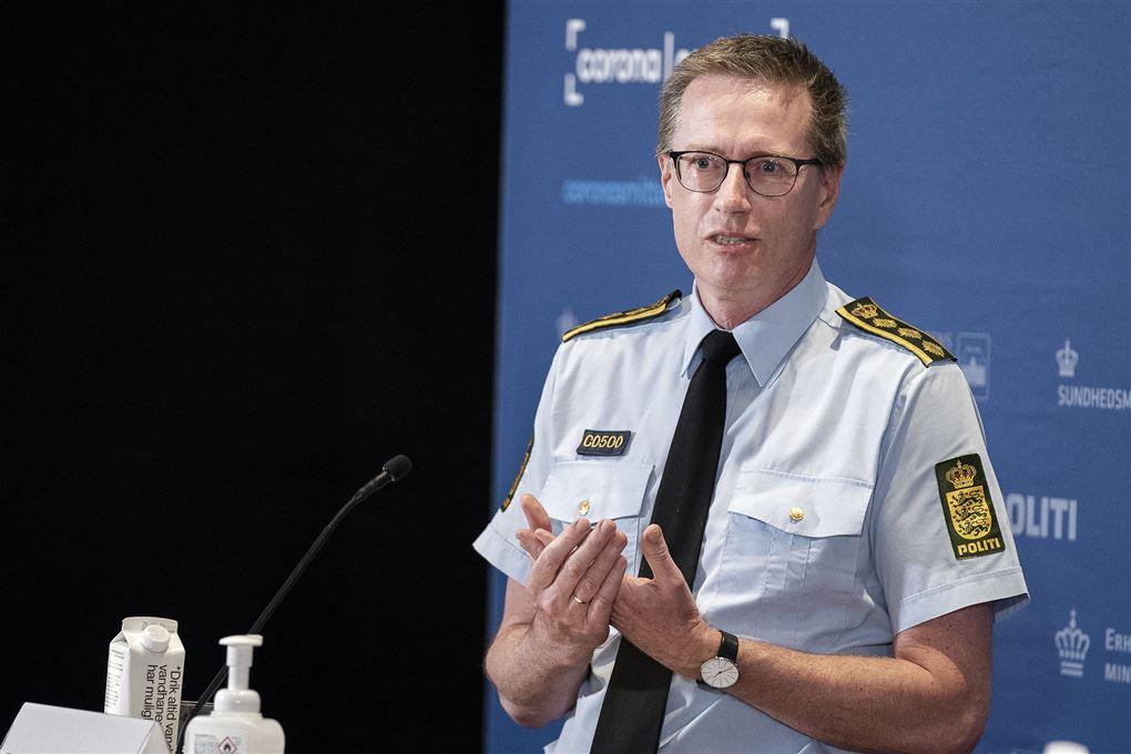politichef thorkild fogde taler på pressemøde