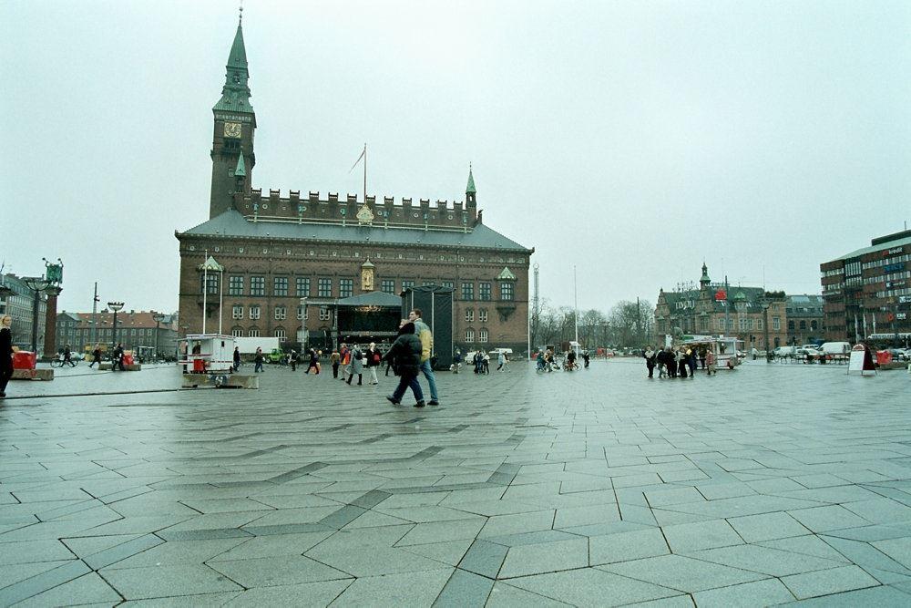 Københavns Rådhus set ude fra