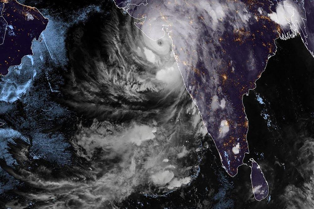 Satellitbillede af cyklon