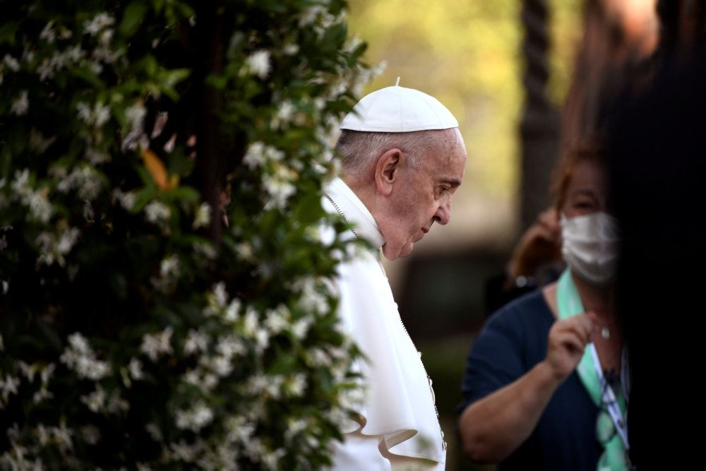 Pave Frans i profil