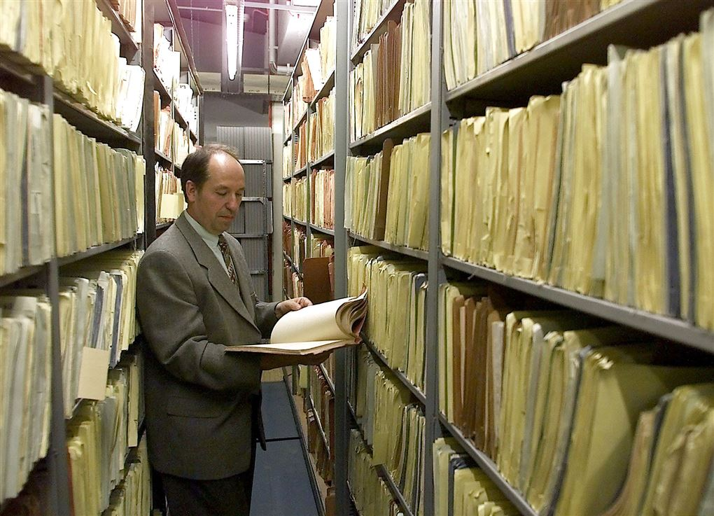 mand i arkiv