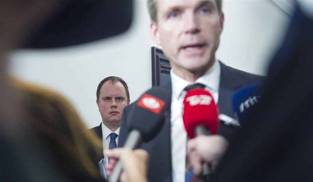 martin henriksen ses bag Kristian Thulesen Dahl