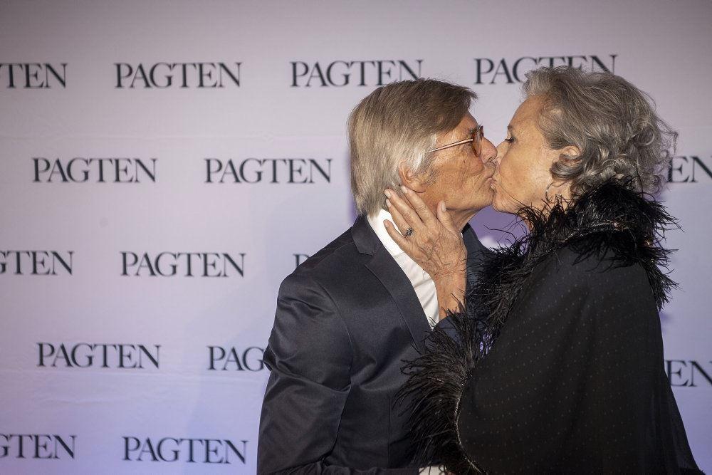 Bille August kysser Birthe Neumann