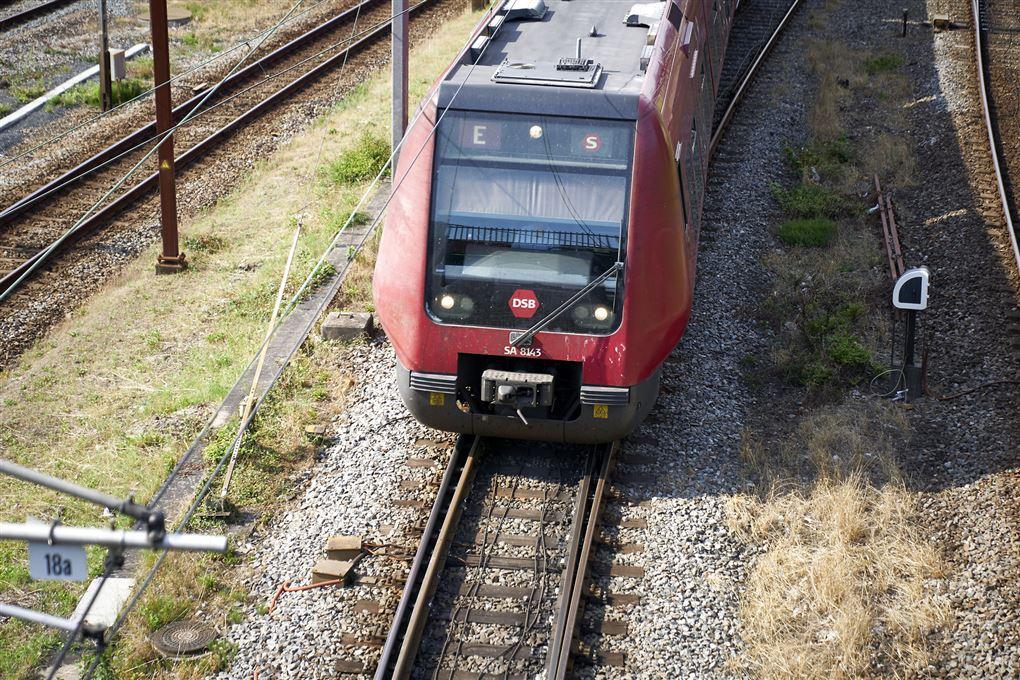 s-tog på skinner
