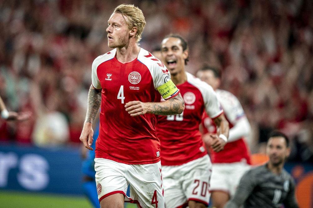 danske fodboldspillere på banen
