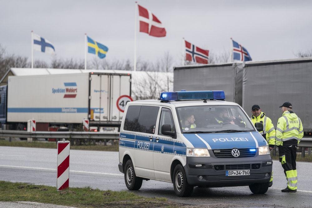 Lukker barer, butikker og bordeller - Avisen.dk